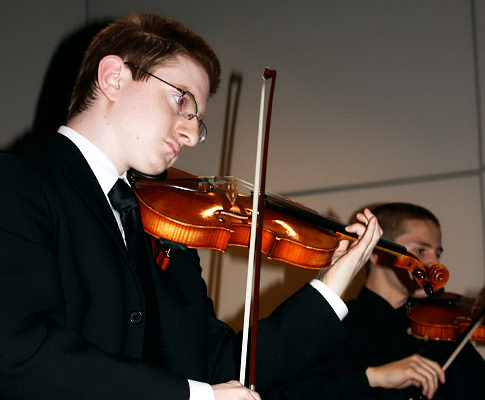 Tyler Clementi playing violin with the Ridgewood High School Orchestra in 2009.